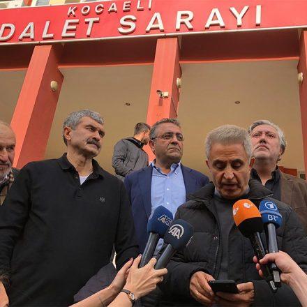 Eski çalışanları cezaevine giren Cumhuriyet Gazetesi bu haberi nasıl duyurdu?
