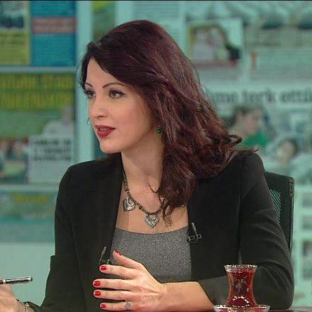 Cumhuriyet Gazetesi ve Nagehan Alçı bugün birbirlerini yazdı!