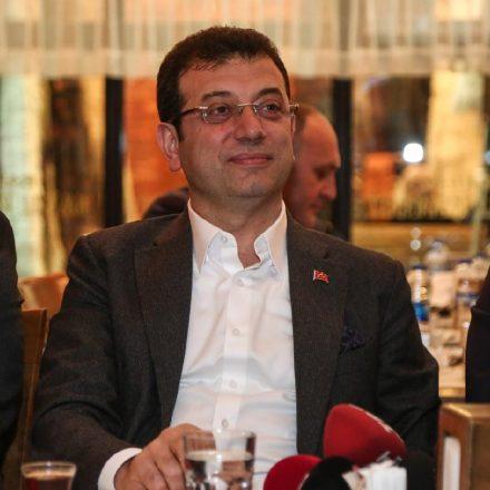 İBB Ekrem İmamoğlu'nu jet hızıyla sildi!