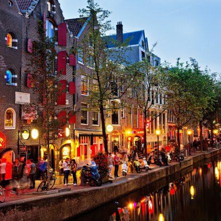Hollanda daha fazla turist istemiyor: 'Gece hayatı ve uyuşturucu için gelmeyin'