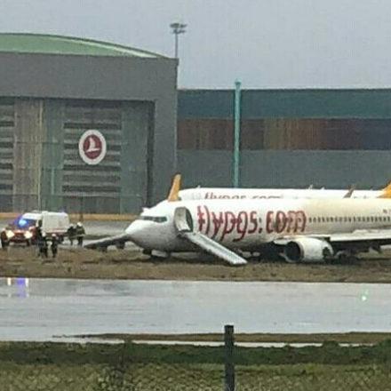Sabiha Gökçen Havalimanı'nda büyük panik! Yolcu uçağı pistten çıktı