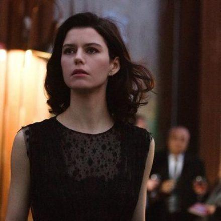 Netflix'in yeni projesinde de Beren Saat yer alıyor! Fragmanı yayınlandı!