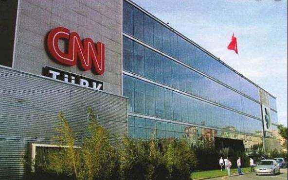 Medyakoridoru'ndan CNN Türk bombası! Hangi isimle yollar ayrıldı, yerine kim geldi?