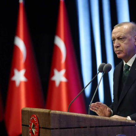 """Zaytung Cumhurbaşkanı Erdoğan'ın evlilik açıklamalarını böyle ti'ye aldı: """"Evlenmeyen gençler gözaltında…"""""""
