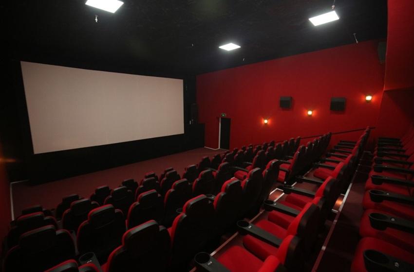 Sinema+ve+tiyatrolar+a%C3%A7%C4%B1l%C4%B1yor%21;+%C4%B0%C5%9Fte,+al%C4%B1nan+yeni+%C3%B6nlemler%21;