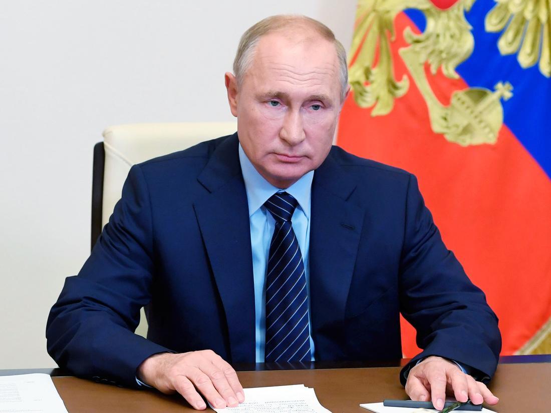 Son+dakika+bilgisini+Putin+verdi:+D%C3%BCnyan%C4%B1n+ilk+koronavir%C3%BCs+a%C5%9F%C4%B1s%C4%B1na+onay+verildi%21;