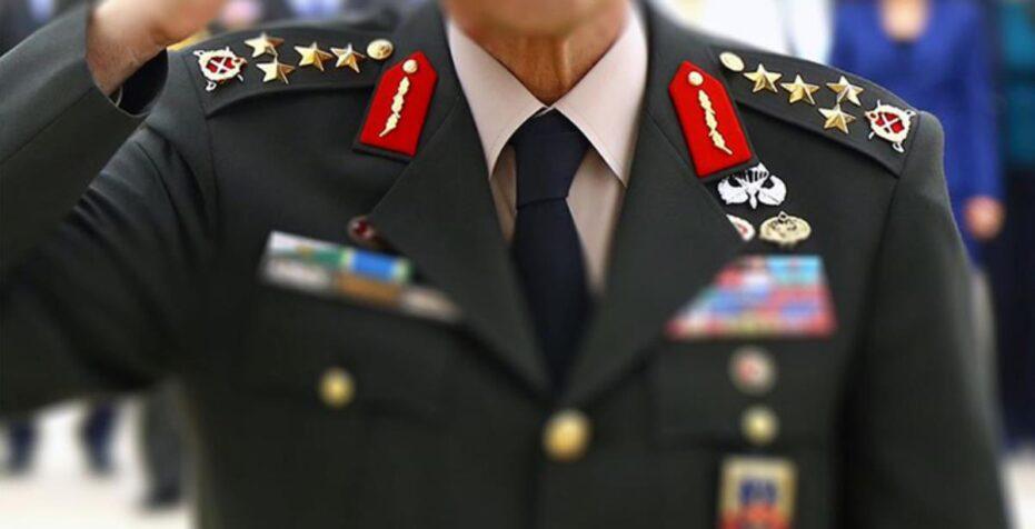 Emekli+amirallerden+gece+yar%C4%B1s%C4%B1+Montr%C3%B6+ve+sar%C4%B1kl%C4%B1+amiral+bildirisi%21;