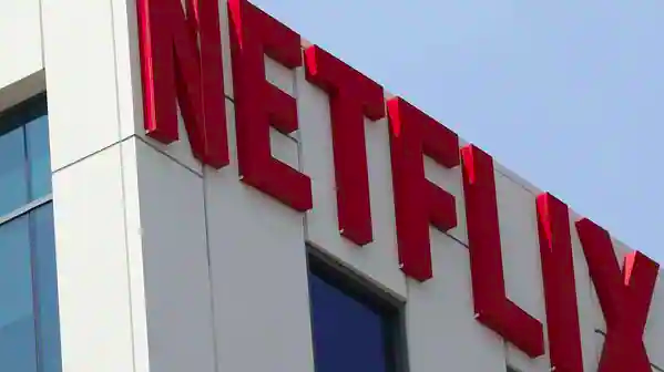 Netflix%E2%80%99in+eski+y%C3%B6neticisinin+ba%C5%9F%C4%B1+dertte%21;