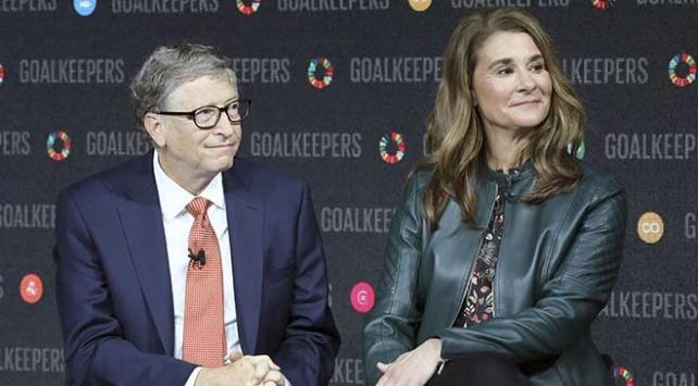 Bill+Gates+ve+Melinda+Gates+bo%C5%9Fan%C4%B1yor%21;
