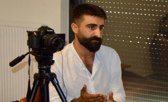 Gazeteci+Mehmet+Aslan,+5+ay+sonra+%C3%B6zg%C3%BCrl%C3%BC%C4%9F%C3%BCne+kavu%C5%9Ftu%21;