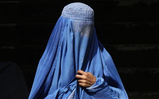 Afganistanl%C4%B1+kad%C4%B1n+muhabir:+%E2%80%99%C3%87ok+korkuyorum+ve+bana+ne+olaca%C4%9F%C4%B1n%C4%B1+kestiremiyorum%E2%80%99