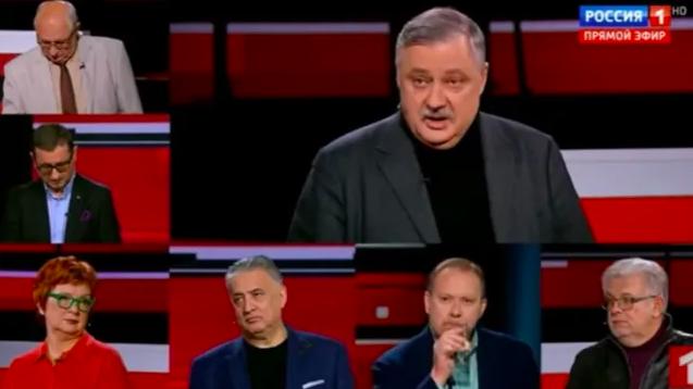 Kavga,+Rus+televizyonunda+ya%C5%9Fand%C4%B1:+Bizi+Erdo%C4%9Fan+ile+korkutmay%C4%B1n