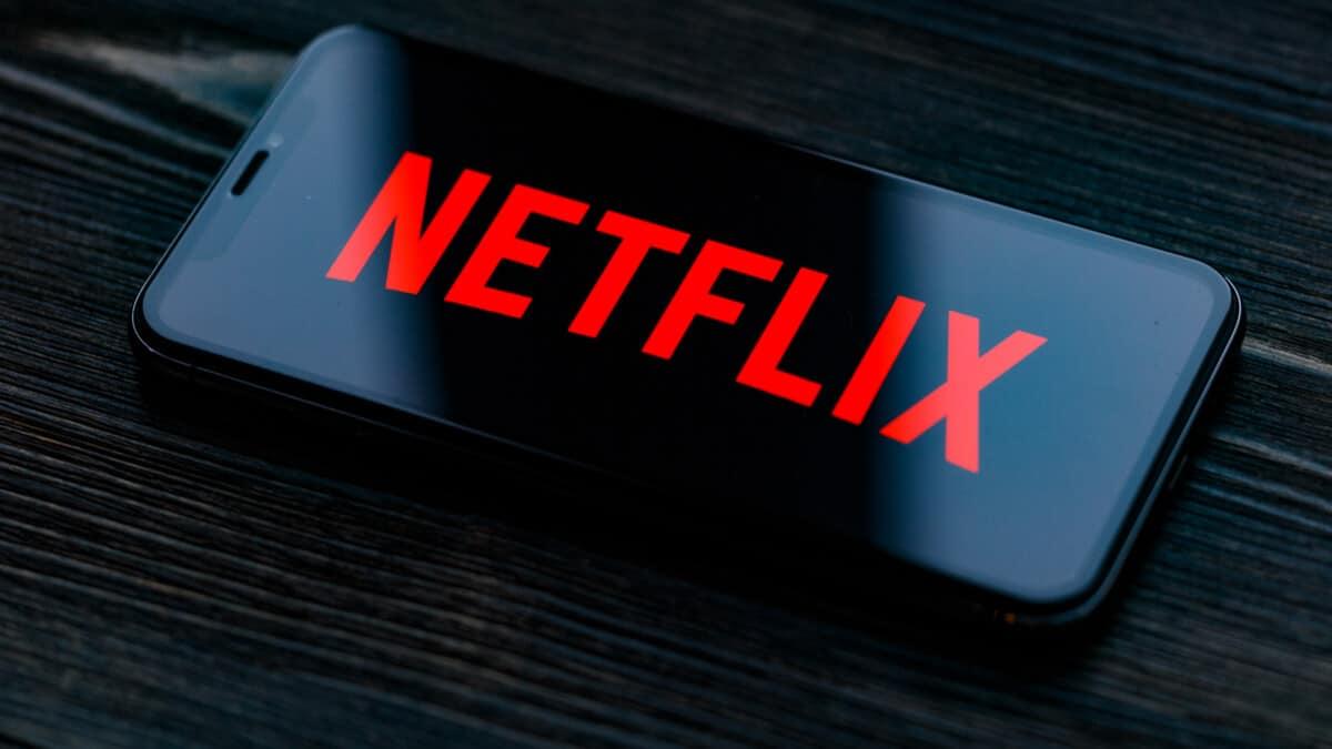 %C4%B0%C5%9Fte,+Netflix%E2%80%99in+en+pop%C3%BCler+10+dizi+ve+filmi